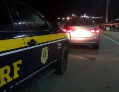 PRF recupera veículo roubado e prende homem em Macaíba