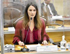 Cristiane Dantas enaltece projeto que cria Fundo de Amparo às mulheres vítimas de violência