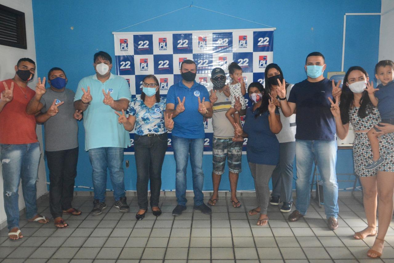 Seis profissionais da UPA de Macaíba declaram apoio a Emídio Jr., Netinho França e Rita