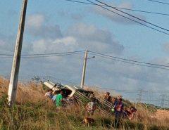 Acidente entre motocicleta e caminhonete deixa dois mortos em Macaíba