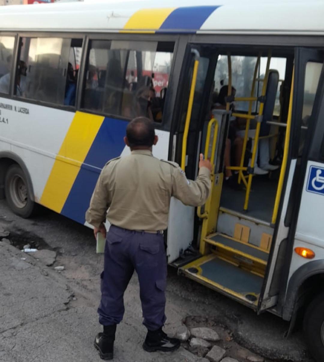 DER-RN fiscaliza ônibus intermunicipais em Natal, Macaíba e Parnamirim