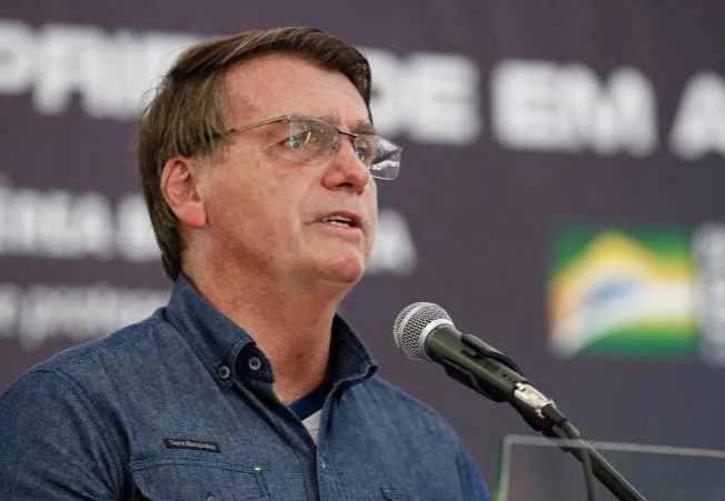 Bolsonaro: 'Chega de frescura e de mimimi. Vão ficar chorando até quando?'