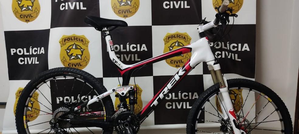 Homem é preso por receptação de bicicletas avaliadas em R$ 20 mil furtadas de condomínios em Natal