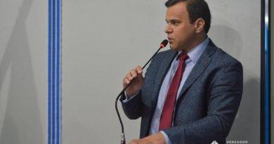 Esclarecimento: Vereador Igor Targino se absteve de votar no projeto da segurança por não ter tido acesso