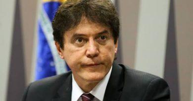 Corte rejeita recurso em processo que declarou inelegibilidade do ex-governador Robinson Faria