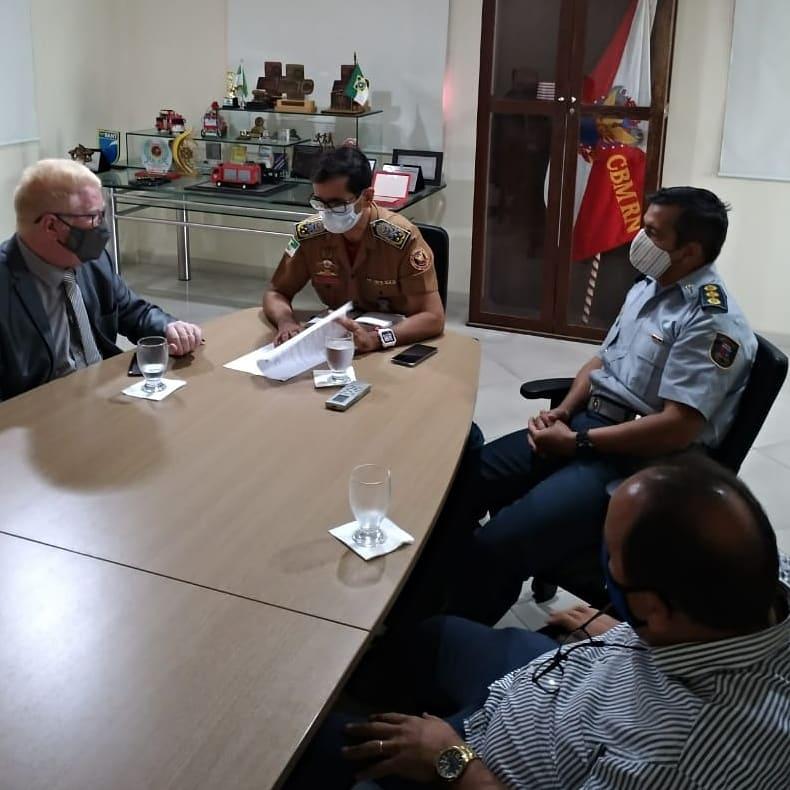 Ubaldo discute com Corpo de Bombeiros PL para tornar gás residencial mais seguro