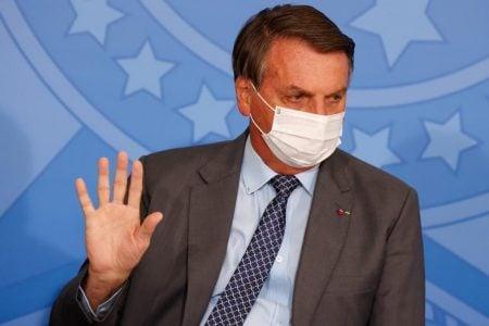 Bolsonaro recua e diz que palavra final sobre uso de máscaras não cabe a ele