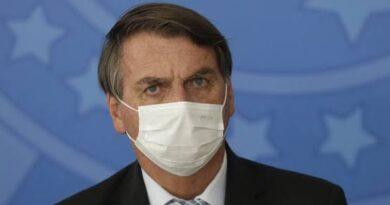 Bolsonaro diz que, no que depender dele e de ministros, está acertada a Copa América no Brasil