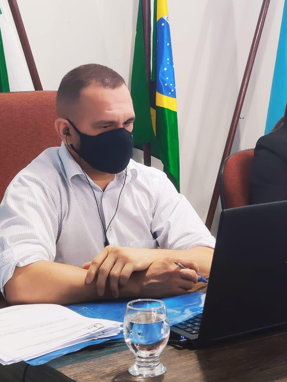 Vereador Denilson Gadelha apresenta indicação solicitando a reabertura do SENAC em Macaíba